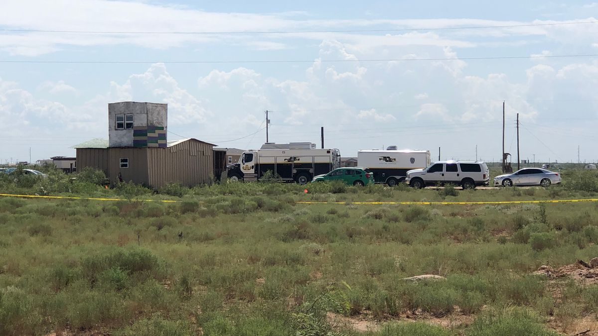 Authorities executed a search warrant in West Odessa on Sunday in connection to Saturday's mass shooting in Odessa. (Haley Harrison/CBS7)