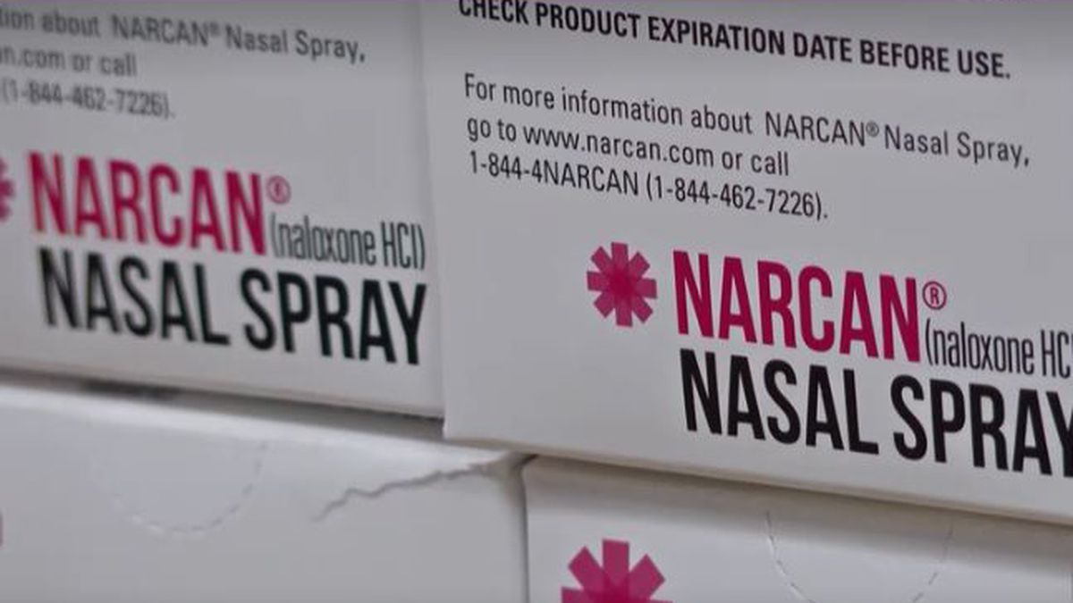 Officers can administer the spray through the victim's nose and the Narcan will take seconds to save a person's life.