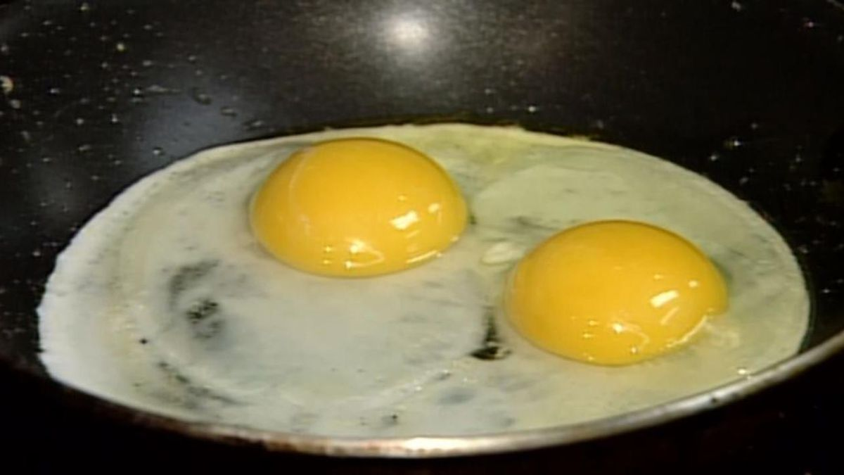 Data shows egg prices are significantly on the rise as demand has increased amid the COVID-19 outbreak. (Source: CNN)
