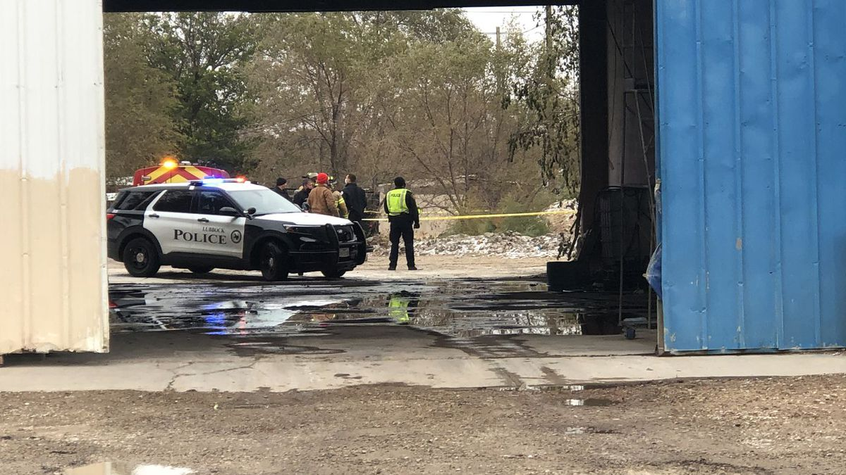 One person was killed in a plane crash in Lubbock on Monday.