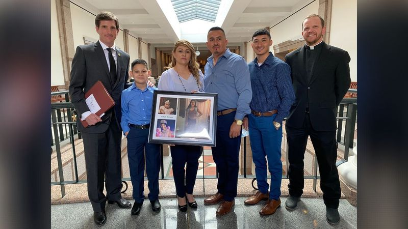 State Representative Brooks Landgraf with the family of Leilah Hernandez.