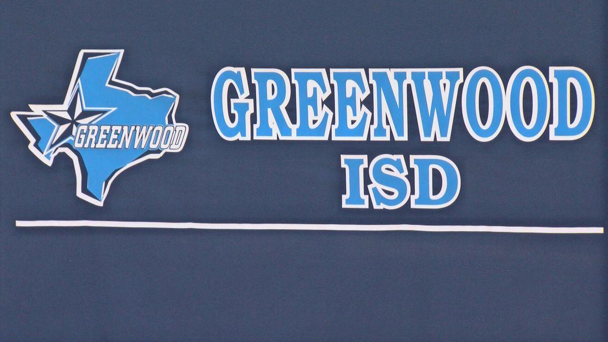 Greenwood High School goes all virtual.