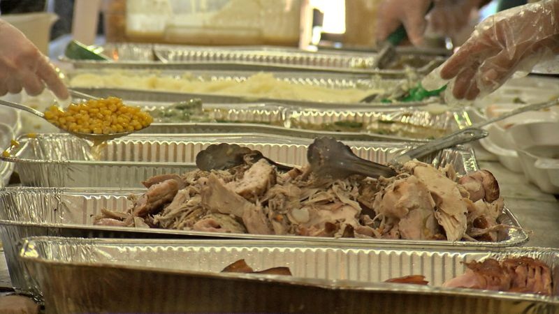 It is the sixth consecutive year the business has given away Thanksgiving meals.