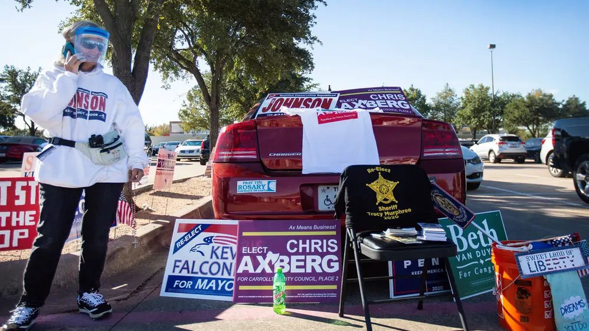 There was no shortage of candidate signs outside the Carrollton Public Library on the first day...